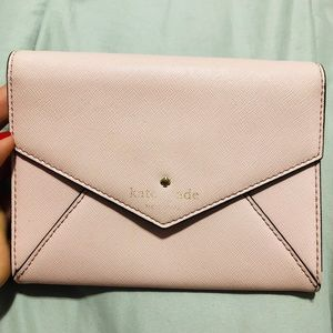KATE SPADE MONDAY ENVELOPE CEDAR SAFFIANO CLUTCH